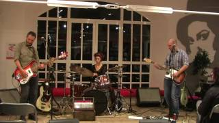 Mr Furto & Lady Paccottilla - Ballad of a Lonely Man (live)