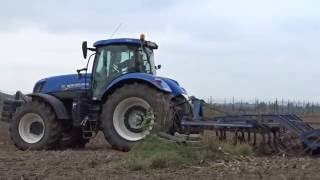 New Holland T 7.235 & New Holland TS 135