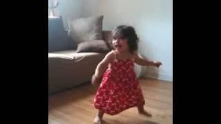 Baby girl dancing waka waka