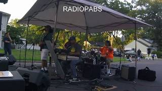 Radiopabs - So Red the Rose / Elevate (Live in Piscataway, NJ)