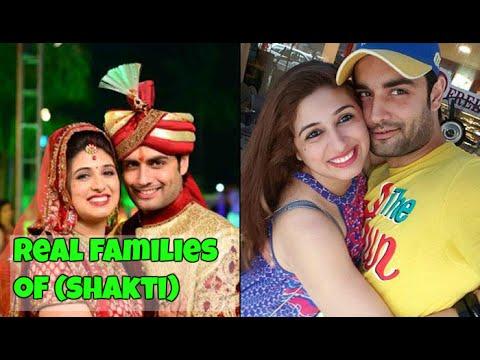 Real families of Shakti (asthitva ke ehsas ki) actors and actresses