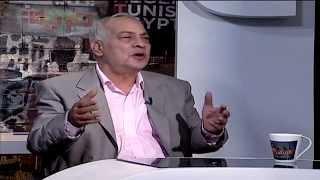 الكاتب الساخر جلال عامر فى البرنامج مع باسم يوسف