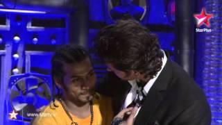 Just Dance - Hrithik Roshan speaks sign language
