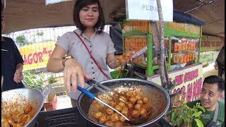 Indonesia Yogyakarta Street Food 3803 Bakso Sambel Dheta Gembor SunMor UGM YDXJ0983