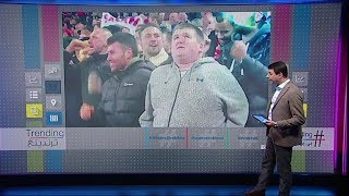 """بي_بي_سي_ترندينغ: فيديو مؤثر لفرحة مشجع ليفربول """"الكفيف"""" في المدرجات بعد هدف محمد_صلاح الاستثنائي"""