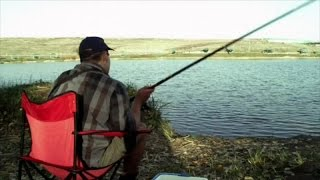 SOMETHING GOES WRONG WHILE FISHING... Clip from RoboCroc by Film&Clips