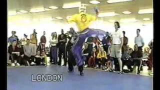 lutas - capoeira vs karate