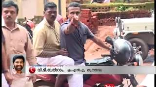 Bjp workers attacked Journalists in Ottappalam