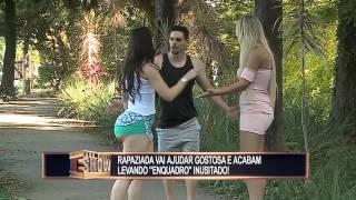 Morena se machuca no parque e coloca rapazes numa fria quando loira entra em ação