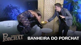 Luiz Bacci revive brincadeira da 'Banheira do Gugu'