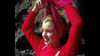 Photographer William Carroll On His 1945 Photos Of Norma Jeane(Marilyn Monroe) The Model