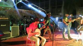 Moner Manus By Band Chatok-Buet