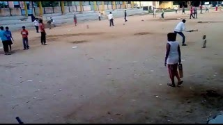 Funny Cricket fights on Bangalore Ground