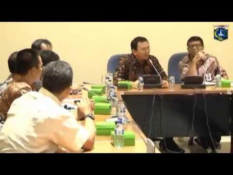 Ahok Lagi2 Marah Dan Gebrak Meja Dalam Rapat Buruh Tuntut UMP Rp 4 juta, 23 Oktober 2014