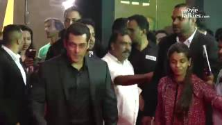Salman Khan & Aishwarya Rai TOGETHER At Stardust Awards 2017 Red Carpet