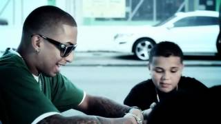 Caminando Por La Calle - Ñengo Flow Ft J Alvarez,Xavi The Destroyer (Video Official) (Letra)