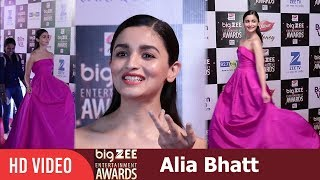 Alia Bhatt at Big Zee Entertainment Awards 2017