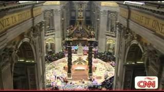 Cuatro mujeres protestan desnudas en el Vaticano