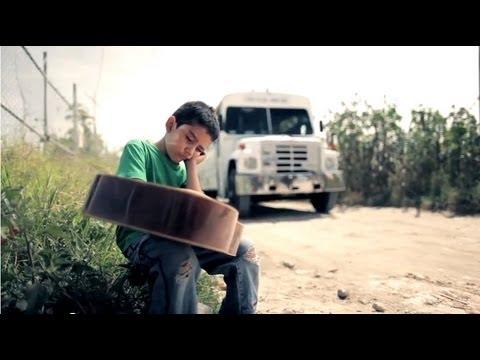 Los Inquietos Del Norte Mi Amigo El De Arriba Video Oficial