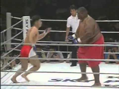600lbs Sumo Vs. 169lbs MMA Fighter BOBBY THE BLUE DOES EXIST BOBBYTHEBLUE