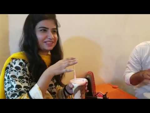 Xxx Mp4 Protein Shake At Hussainabad Street Food Karachi Pakistan Famous Street Food Fully Loaded Shake 3gp Sex