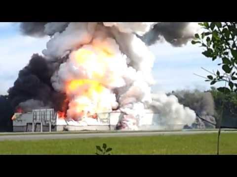 Xxx Mp4 Explosion Firework Warehouse Entrepot Fe 3gp Sex