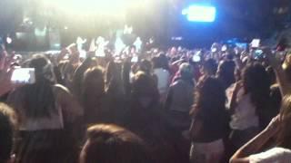 Verona One Direction concerto Italy 19 maggio 2013 il ballo del pollo