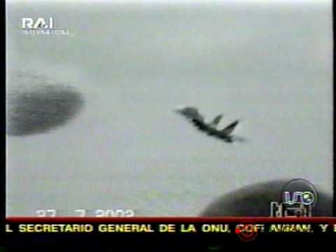 Ovni estrella avion caza Su 27 en Lviv Ucrania 27 Jul 2002
