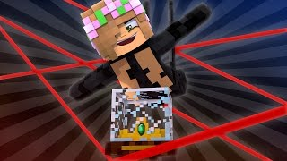 STEALING BACK THE ROYAL CROWN! Minecraft Little Kelly w/Leo (CustomRoleplay)