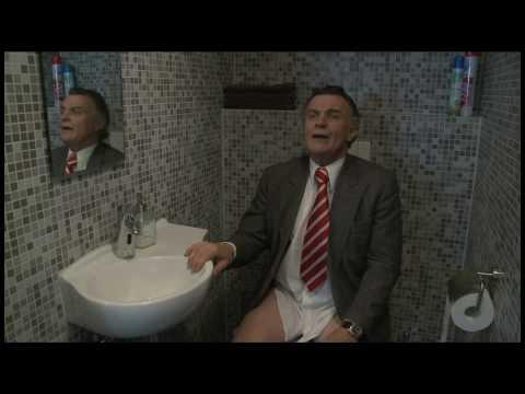 Dirk Scheringa op het toilet