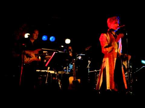 The David Bowie Experience (with drunken riff singing): Valentines Day (Live at The Factory, Porth)