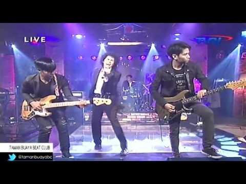 "ZerosiX - Ampar-Ampar Pisan Live On Air at ""Taman Buaya Beat Club TVRI Nasional"""