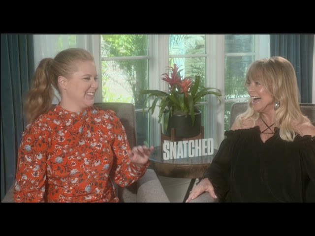 Amy Schumer and Goldie Hawn interview for SNATCHED