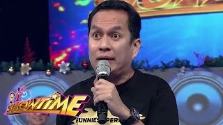 It's Showtime: How does Alex bring his pasalubong from America to the Philippines?