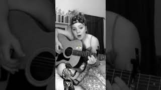 """Incredible 15 year old singer, Emma Grace, singing """"Rainbow Connection"""" Song by the Muppets"""
