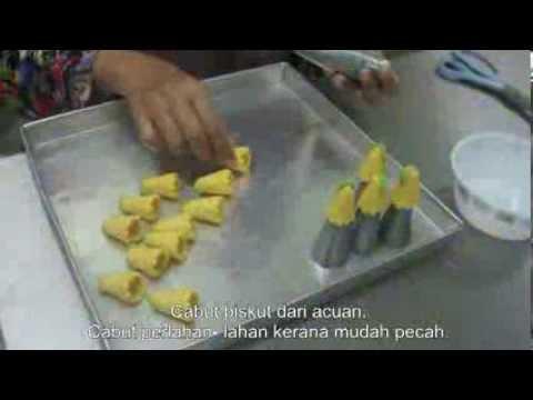 Cara - cara membuat biskut Seroja