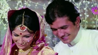 Rajesh Khanna with Sharmila Tagore on First Night - Romantic Scene | Chhoti Bahu