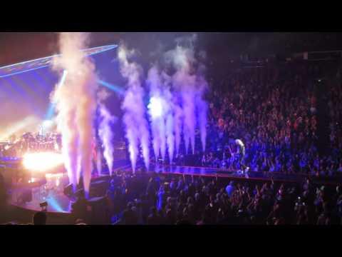 Xxx Mp4 Queen Adam Lambert In Nashville IWIA Part 2 3gp Sex