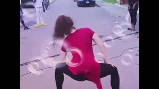 Very HOT Dance by beautiful Indian Girl - Y