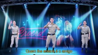 Vídeo de campanha contra as drogas com PMs dançando vira hit na web