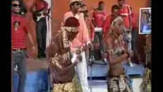 Fally Ipupa - Attente [Cadenas Live à Kinshasa]