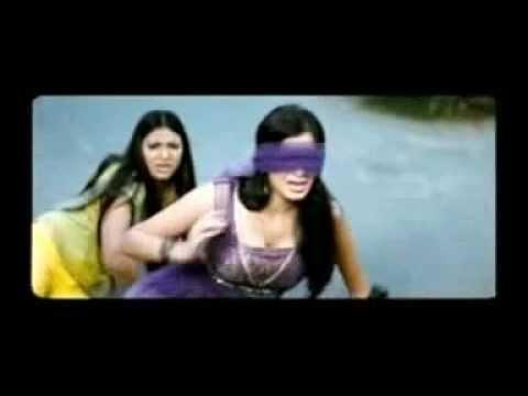 Deepa Sannidhi hot cleavage from sarathi movie !!!!