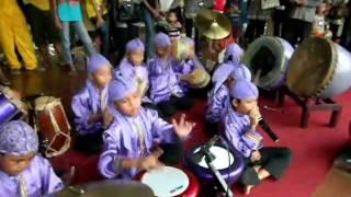 Marawis. Indonesia Music,Anak Banten Dalam Menghayati Kebersamaan Bermusik.