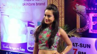 SWEET Television Actress Spotted  Showing Navel At Awards Function