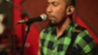 BANDBiN - Muzik Lirik Yang Indah