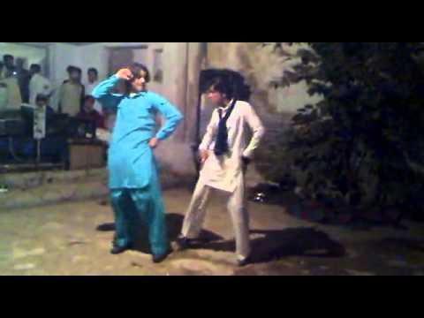 F:\downlod songs\Pashto   IMRAN DANCING HIS BRO WEDDING NIGHT,,,,,,,,,,,,,.flv