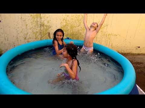 Banho de piscina 2015