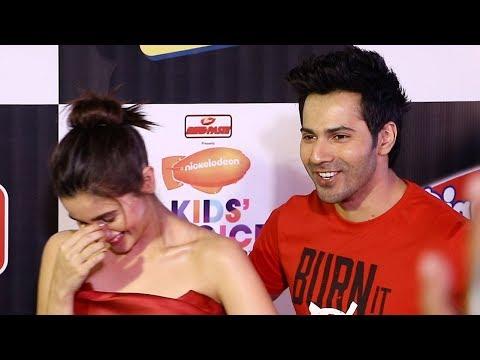 Xxx Mp4 Alia Bhatt Varun Dhawan S FUNNY Moment With Media Reporters At Nickelodeon Kids Choice Awards 3gp Sex