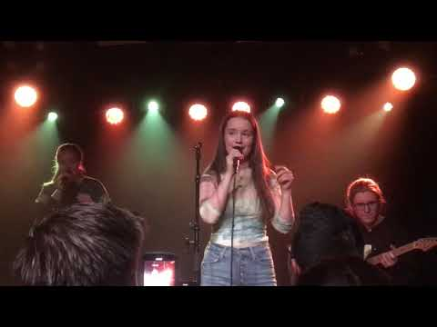 Sight of You Sigrid live at Omeara London