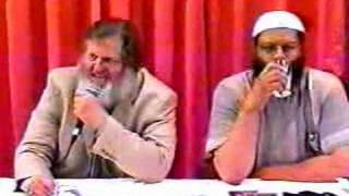 135 people accept Islam after Br. Yusuf Estes Lecture! 1/3